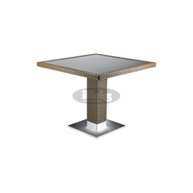Casale table 80 x 80 cm, color: castana